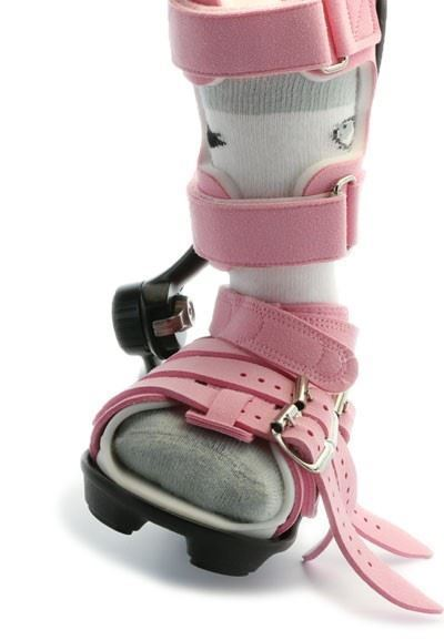 Single Abduction Dorsiflexion Mechanism with ADM Sandal (Non-Ambulatory, not to be used for walking)